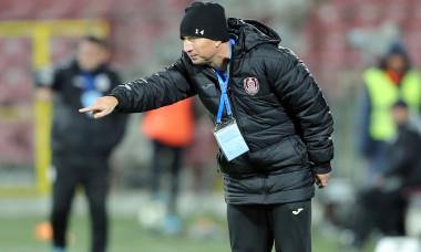 fotbal-cfr-cluj-medias-dan-petrescu-92