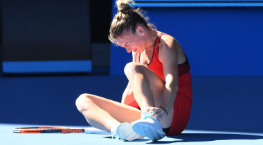 simona halep accidentare glezna australian open