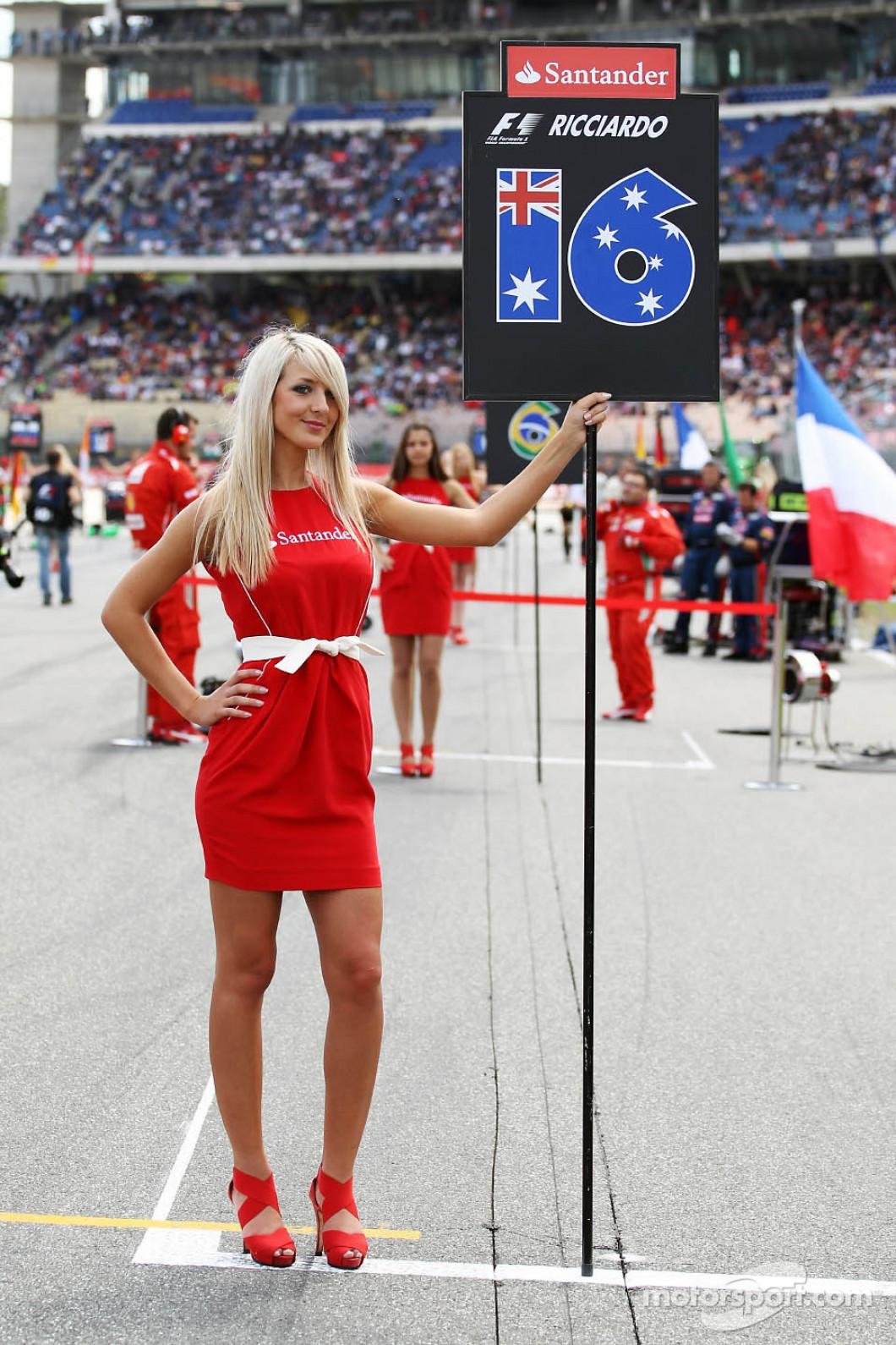 """""""Marele Circ"""" nu va mai fi la fel Formula 1 va renunţa la animatoare (40)"""