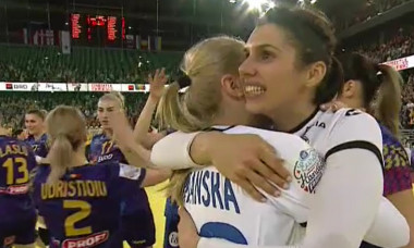 Denisa Dedu, bucuroasă după o victorie a naționalei României de handbal feminin