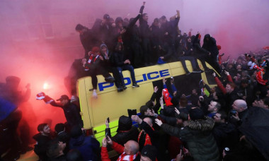Liverpool fani politie1