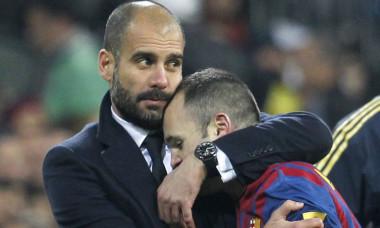 Guardiola si Iniesta