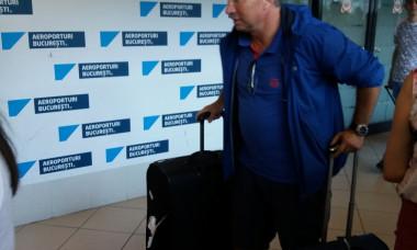 Dan Petrescu la intoarcere de la Dubai