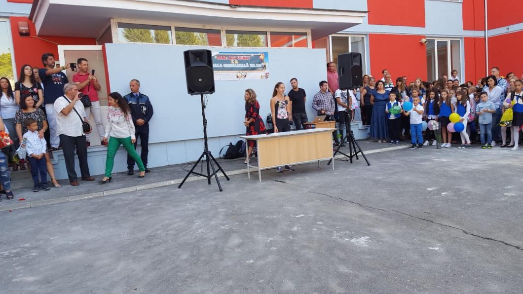 Mihaela Buzărnescu la deschiderea anului scolar
