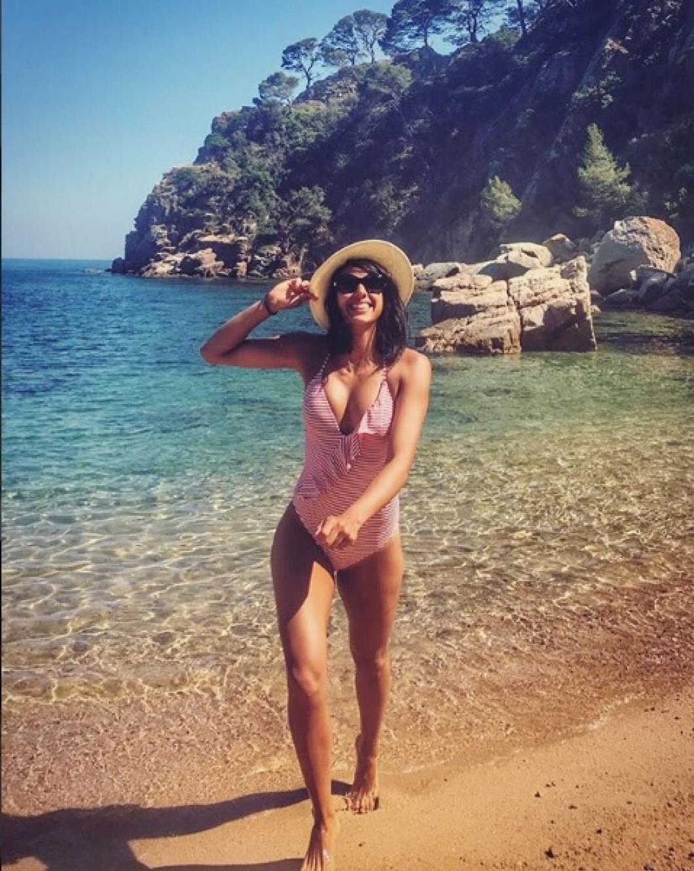 Denisa Dedu, gata pentru o nouă zi de plajă