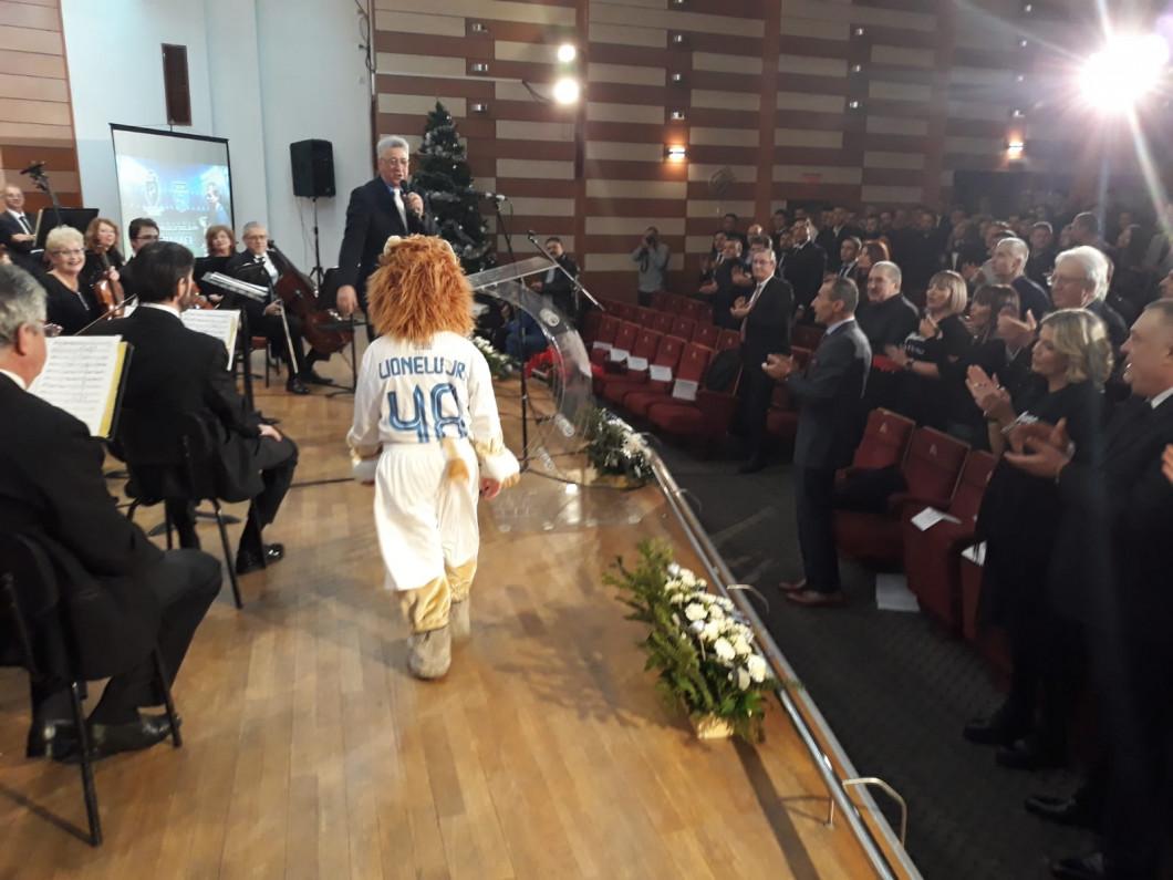 AJF Dolj şi U Craiova au premiat primii 10 fotbalişti
