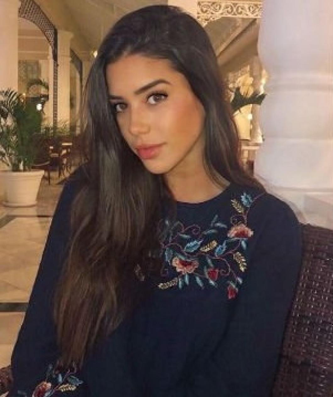 Nadia Aviles
