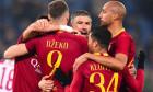 Jucatorii Romei se bucura la finalul partidei cu Bologna, scor 2-1
