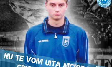 Fanii FC U Craiova, spectacol pirotehnic la mormântul lui Cristi Neamțu. 17 ani au trecut de la decesul fostului portar
