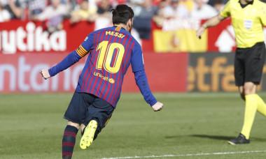 Messi gol poza buna