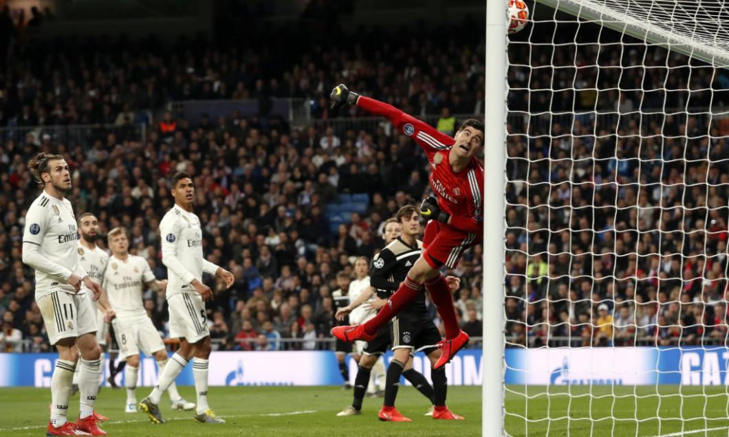 Courtois a incasat 4 goluri de la Ajax, pe Bernabeu