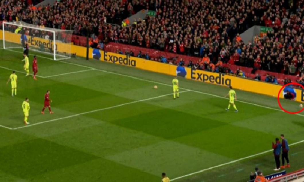 Copil de mingi Liverpool