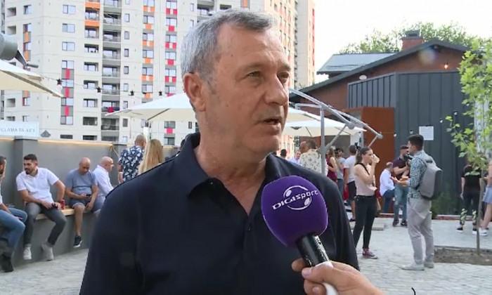 Mircea Rednic bere Grivita