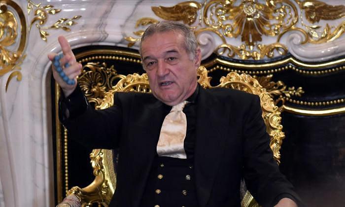 FOTBAL:CONFERINTA DE PRESA FCSB, PREZENTARE BOGDAN VINTILA (23.08.2019)