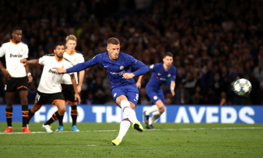 Chelsea FC v Valencia CF: Group H - UEFA Champions League