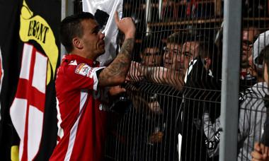 Dan Nistor stă de vorbă cu fanii lui Dinamo