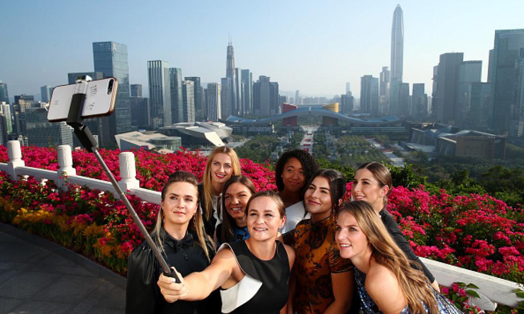 jucatoarele selfie la shenzhen