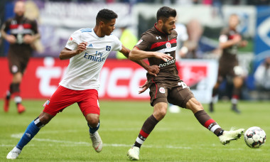 Hamburger SV v FC St. Pauli - Second Bundesliga