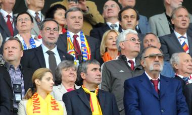 1.FOTBAL:ROMANIA-OLANDA 0-2,EURO 2008 (17.06.2008)