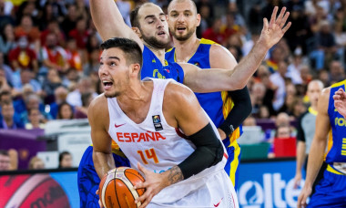 September 4, 2017: Willy Hernangomez #14 (ESP) and Alexandru Olah #13 (ROU) during the FIBA Eurobasket 2017 - Group C, game between Spain and Romania at Polyvalent Hall, Cluj-Napoca, Romania ROU. Foto: Cronos
