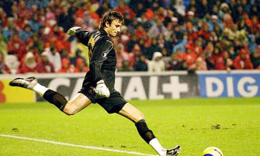 FOTBAL:ATHLETIC BILBAO-STEAUA BUCURESTI 1-0,CUPA UEFA (01.12.2004)