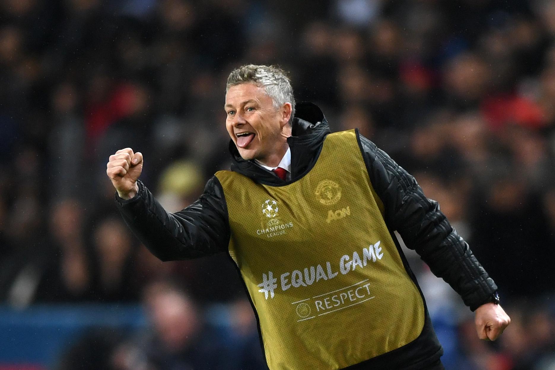 Diavolii de la Manchester United s-au întărit în perioadă de criză! Cine este jucătorul de doi metri adus de englezi