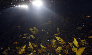 Borussia Dortmund v Paris Saint-Germain - UEFA Champions League Round of 16: First Leg