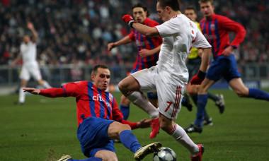 Bayern Muenchen v Steaua Bucuresti - UEFA Champions League