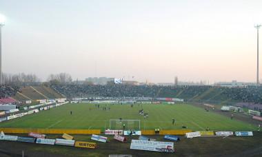 FOTBAL:POLI AEK-STEAUA BUCURESTI 1-1 DIVIZIA A (28.11.2004)