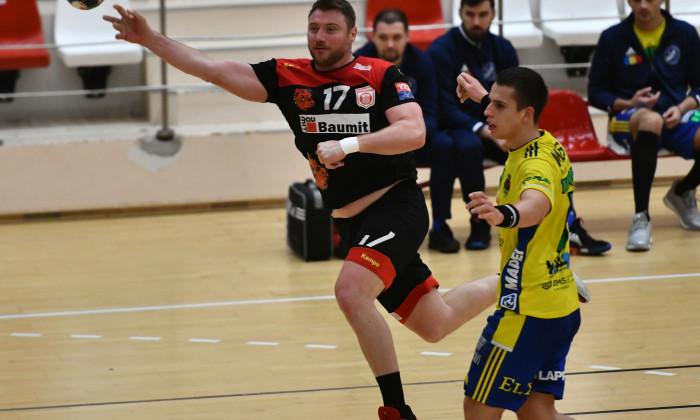 Dan Savenco este căpitanul echipei de handbal masculin a lui Dinamo / Foto: Sportpictures