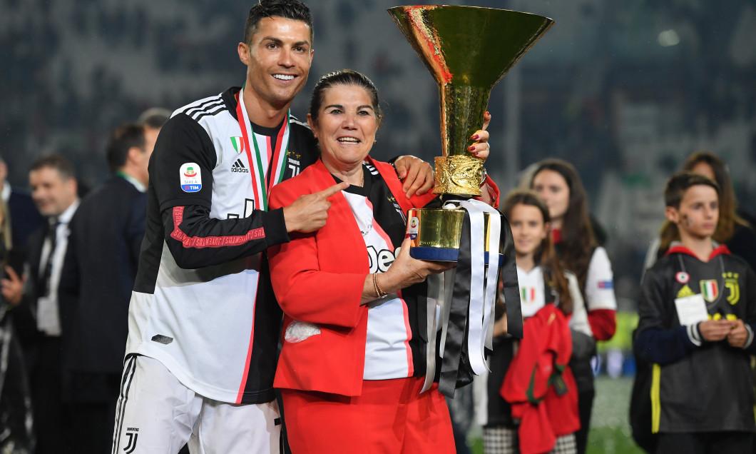 Cristiano Ronaldo și mama sa, Dolores Aveiro / Foto: Getty Images