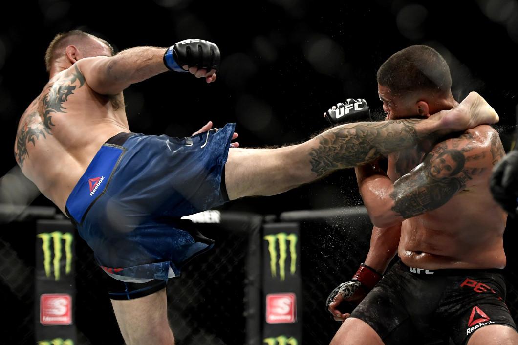 UFC 249 Pettis v Cerrone