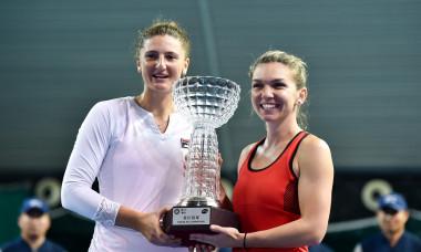 Simona Halep și Irina Begu au câștigat turneul de la Shenzhen în 2018 / Foto: Profimedia