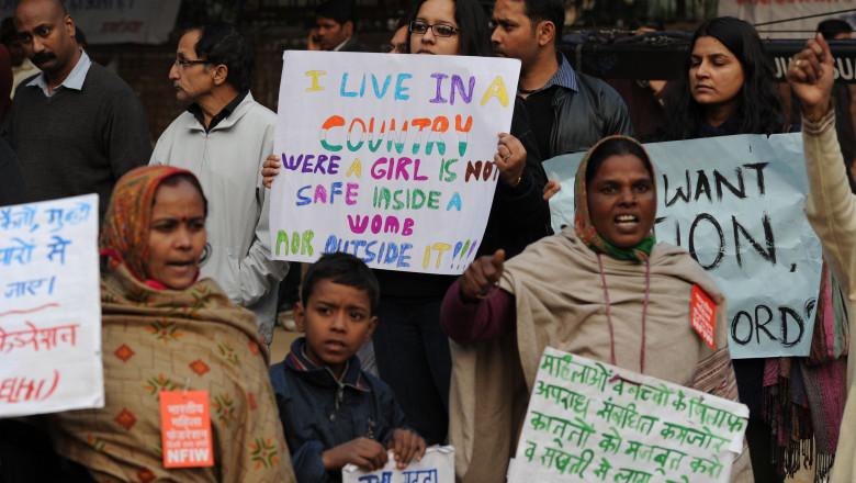 india 20proteste 20fata 20violata 205494887 20afp 20mediafax 20foto 20sajjad 20hussain-41386