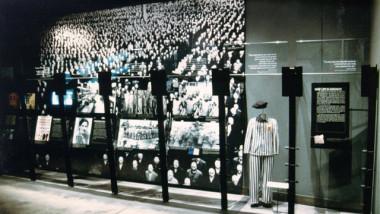 holocaust-53023