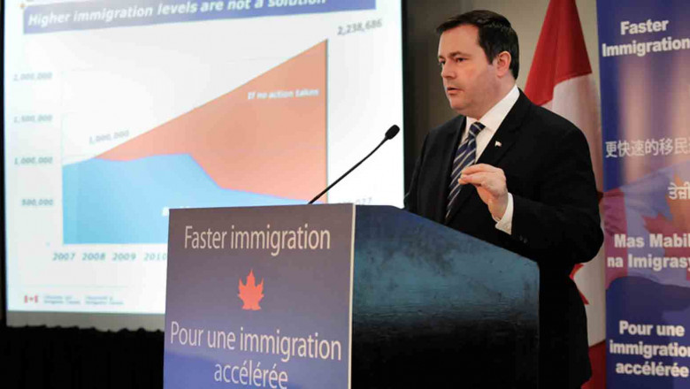 ministrul canadian imigrare kenney