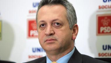 Victor Ponta a avut ezitări când liberalii l-au propus pe Relu Fenechiu ministru
