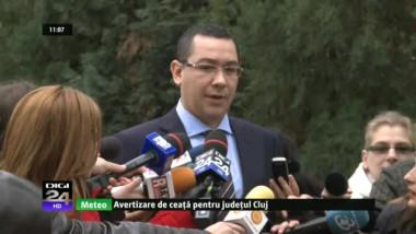 Ponta: Mi-am trimis consilierii să-i dea lecții lui Băsescu; Lăzăroiu vine cu replica