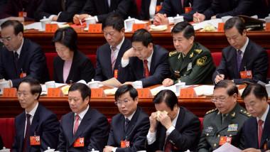 Chinezii își află mâine noii lideri