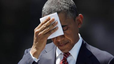 Obama se sterge cu batista afp