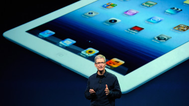 tim cook directorul apple mfax