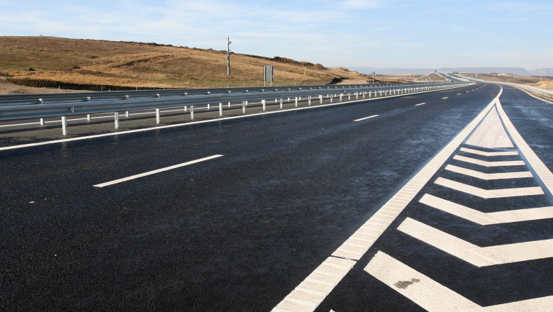 autostrada transilvania 4675438-Mediafax Foto-Mircea Rosca-4