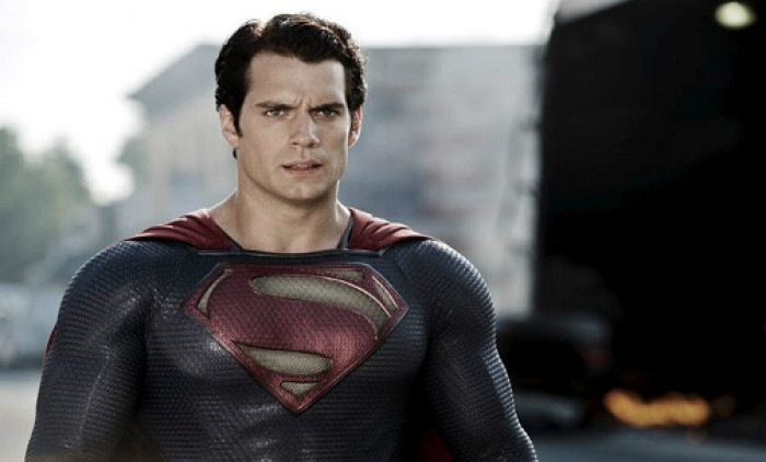 henry-cavill-superman-suit