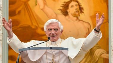 JO papa RESIZE -AFP Mediafax Foto-ANDREAS SOLARO