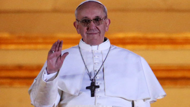 Pope-Francis-I-appears-on-006