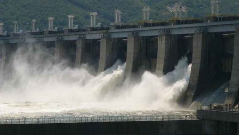 Barajul-Hidrocentralei-Portile-de-Fier-I