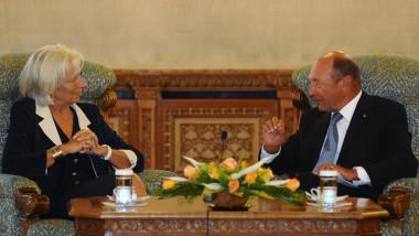 T. Băsescu: Economia se poate dezechilibra ușor, dacă nu suntem atenți. C. Lagarde: România se poate baza pe FMI