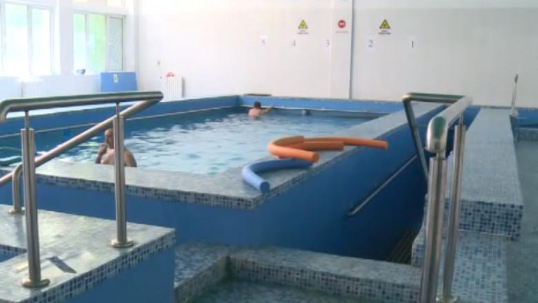 piscina recuperare inchisa