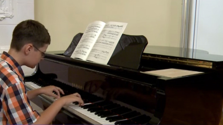 calina calfa pianist 11ani viena