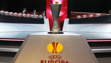 113899 113899 tragere europa league